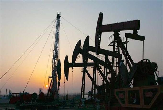 Venezuela y Rusia examinan futuro del mercado petrolero